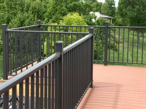 aluminum-railings-deck